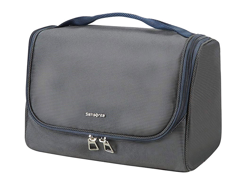 Toiletry bag by Samsonite, available at Mall of the Emirates, Mall of Egypt, and City Centres