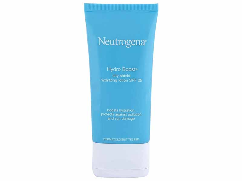 Neutrogena Hydro Boost Lotion SPF25, available at Carrefour Dubai supermarket, at Mall of the Emirates and Mall of Egypt plus City Centres