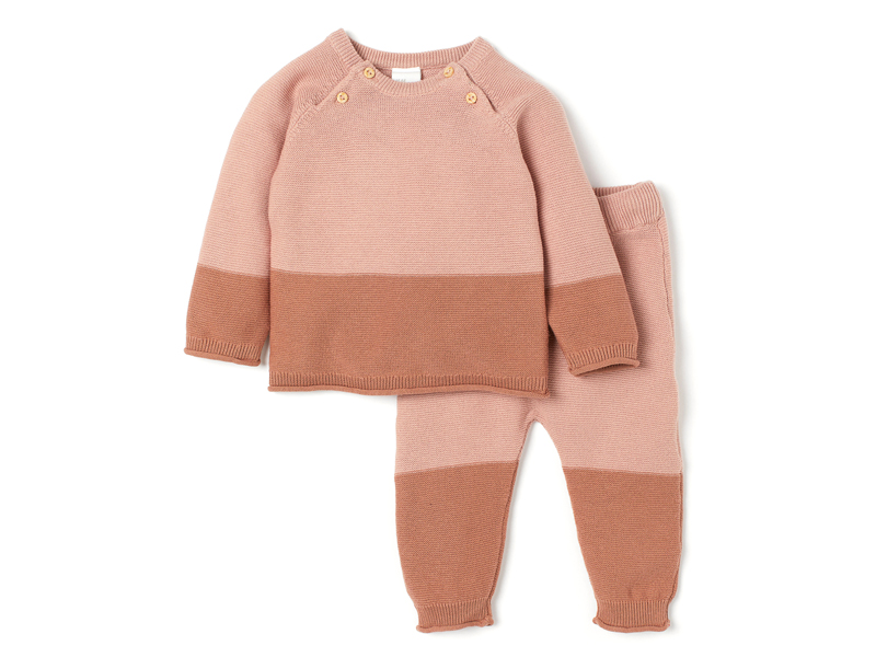 Jumper and trouser set from H&M at City Centre Fujairah